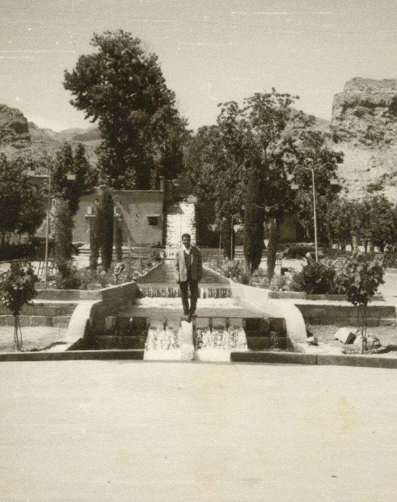 عکس قدیمی آبشار استهبان
